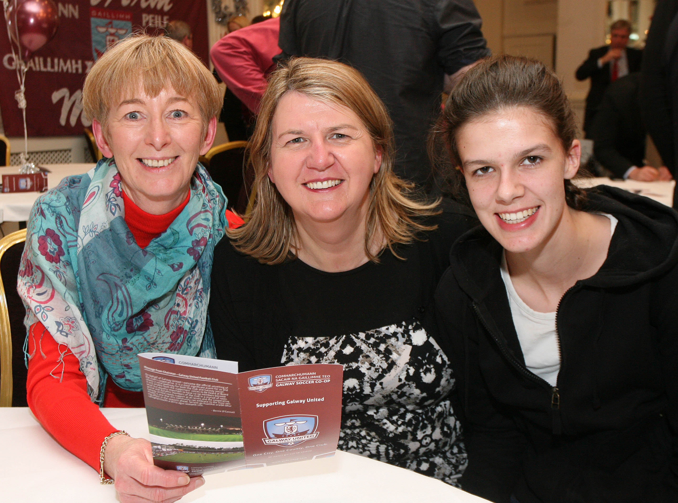 Gabrielle Griffin, Rahoon, with Geraldine and Orlaith Sweeney, Crestwood, at the launch of the Galway Soccer Co-op supporting Galway United at Hotel Meyrick.